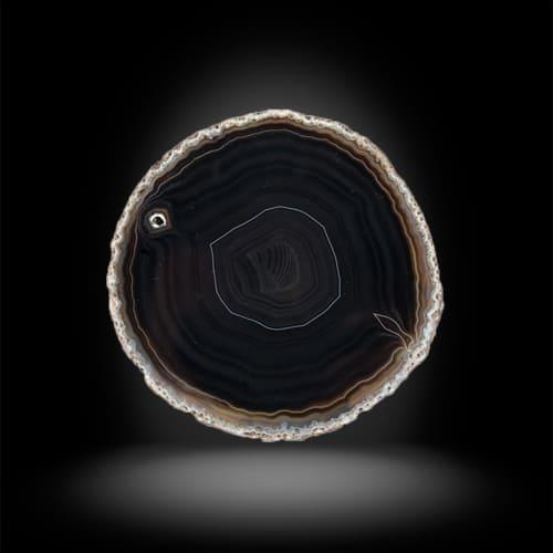 Фотография камня черный агат