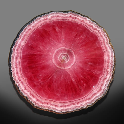 Фотография среза камня розового кварца
